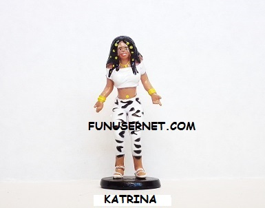 15 HIPSTER FIGURINES TO COLLECT **PEANUT** 1 HEY HOMIES THIS IS FOR